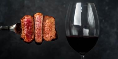 煎牛排除了紅酒以外的飲品推薦